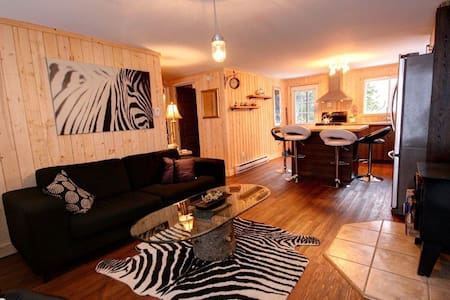 beautiful cottage fully renovated!! - Saint-Adolphe-d'Howard - Cabin - 2