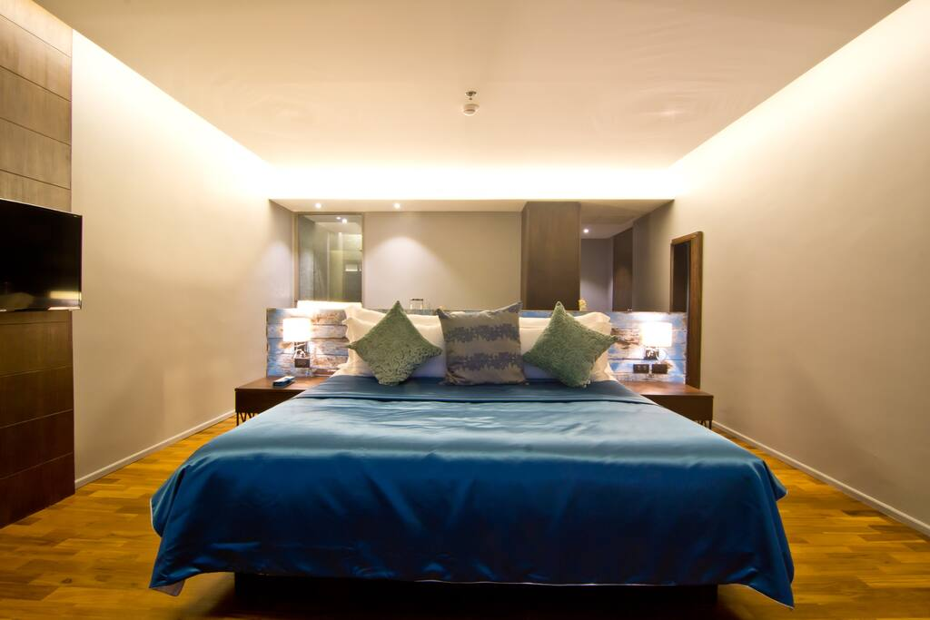 Coral duplex suite room