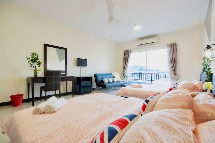 Cozy living family suites