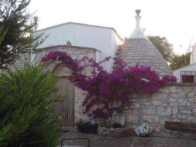 Trullo 4 cupole - Ostuni - House