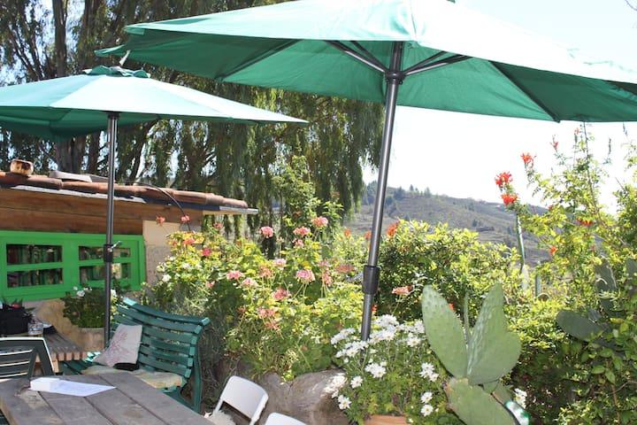 B+B in Berg Finca mit Traumaussicht - La Escalona - Bed & Breakfast