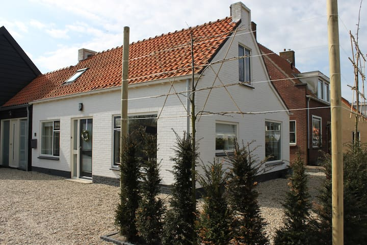 Complete holiday house in Ouddorp - Ouddorp - Casa