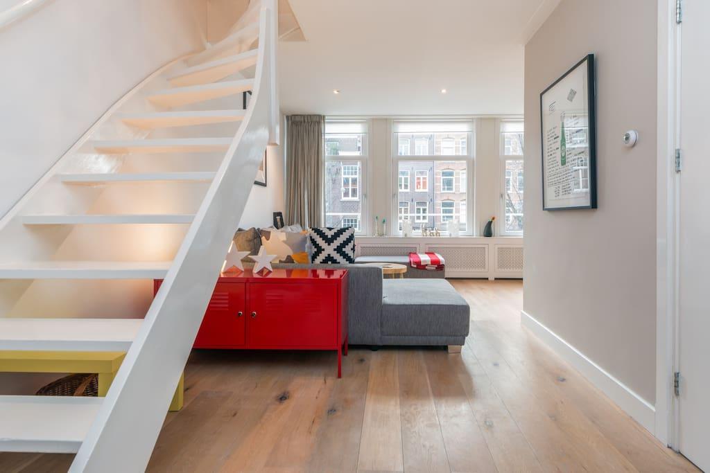 Stylish duplex apartment jordaan apartments for rent in for Design apartment jordaan amsterdam