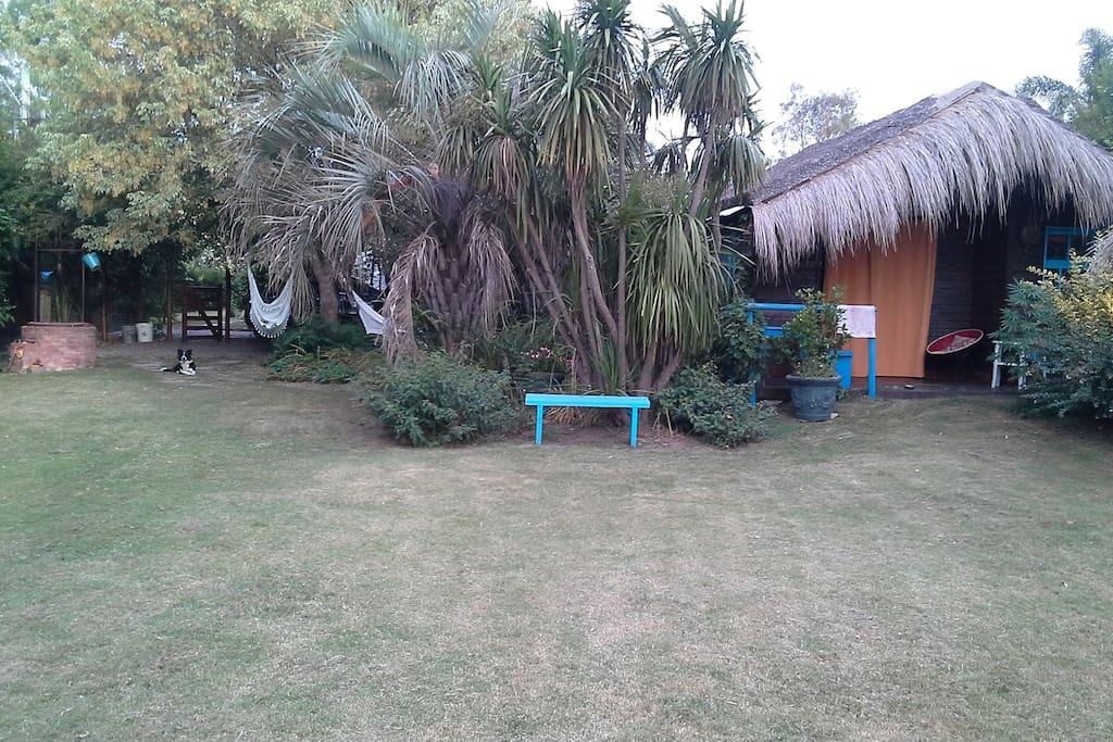 Cabaña super funcional en 600 mts de terreno, arboles y parque