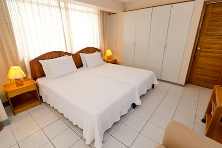Chaclasuites Suites Senior B&B - Szoba reggelivel