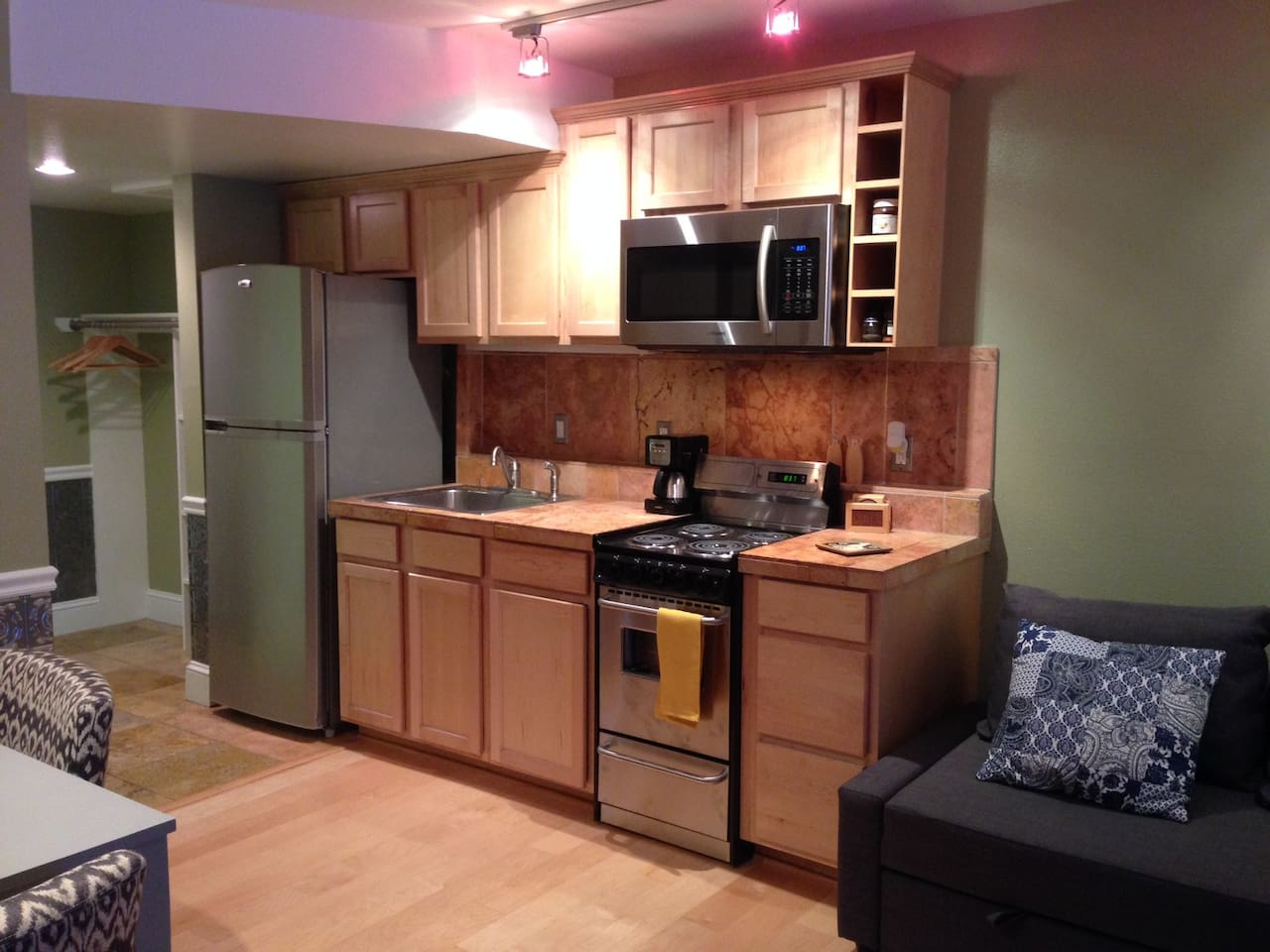 Kitchen with stove/oven, microwave, fridge