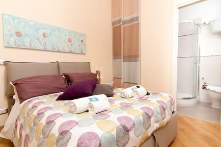 Suite bagno privato e wifi Pantheon - Rome - Bed & Breakfast