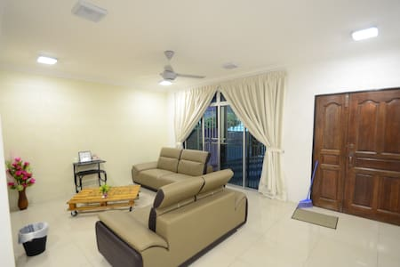 Kampar Best Home stay - Haus