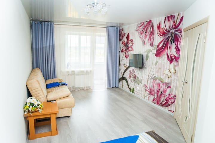 Уютная квартира на пр-кте Космонавтов - Ukhta - Apartamento