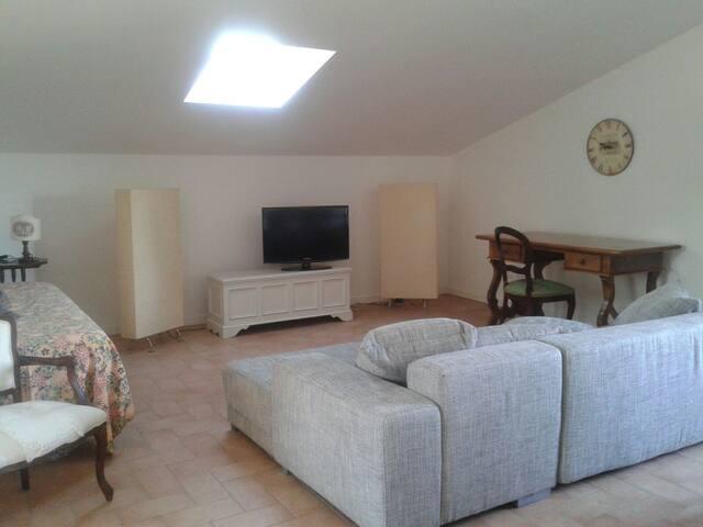 Graziosissimo attico di recente costruzione - Foligno - Loft