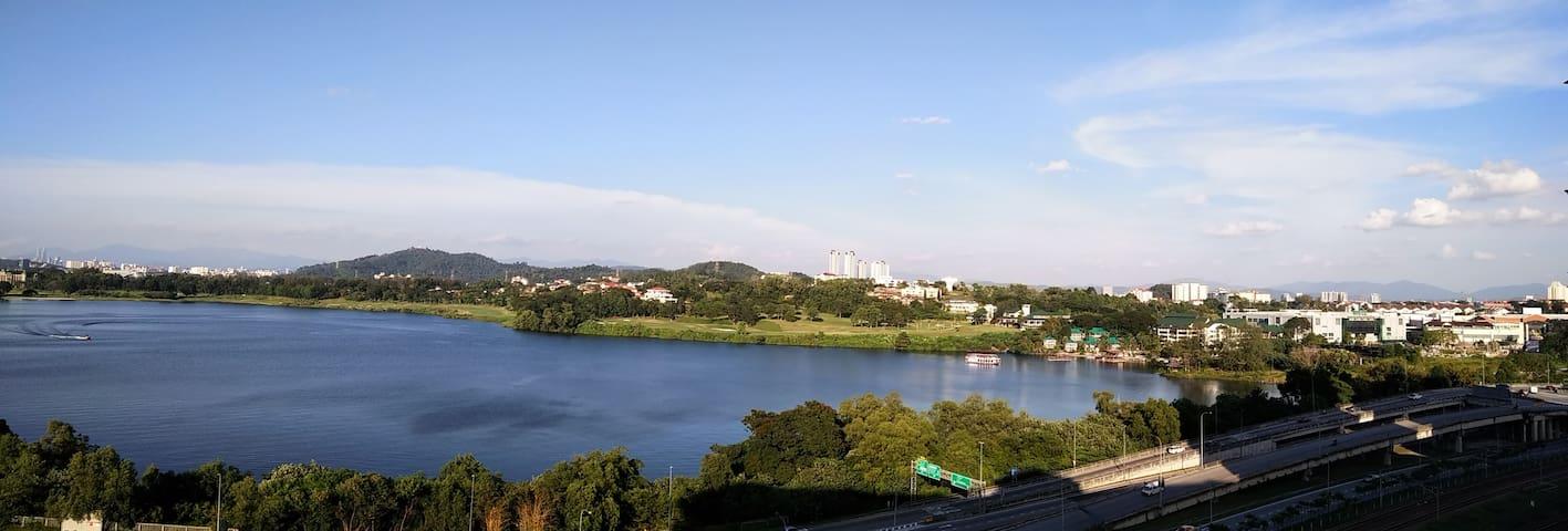 Serdang Perdana Apartment 沙登民宿 l 长期 l Long Term