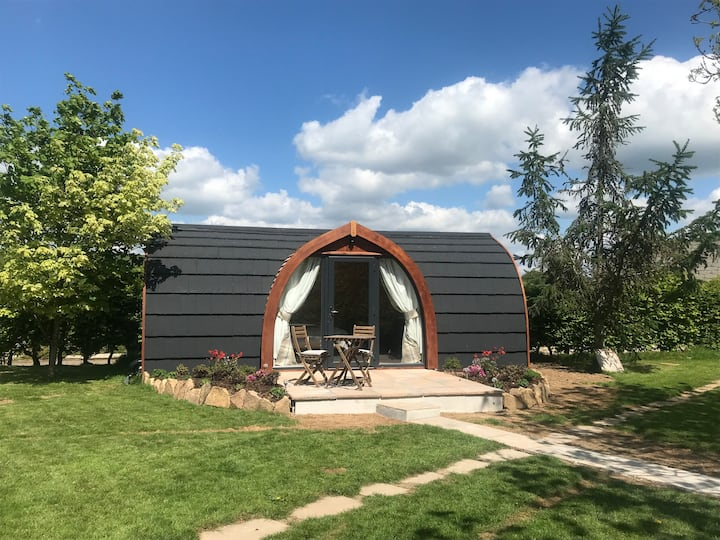 Chapel Pod set within the peaceful Tamar valley
