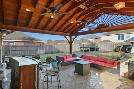 Grand Prairie Yeltes · Grand Prairie Yeltes · Great location for a DFW stay!  Near AT&T stadium
