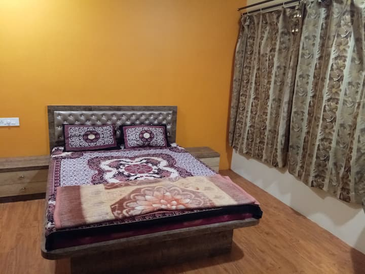 Private  Bedroom with amazing Wakad view