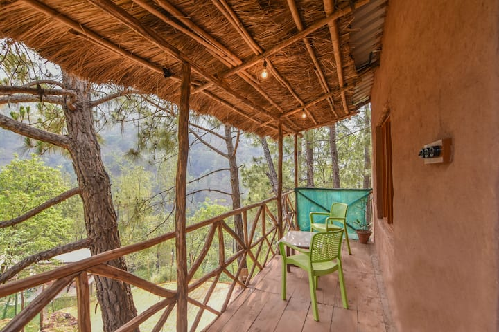 The Mudhouse Resort Kasauli | Mud-Huts in Off-Beat