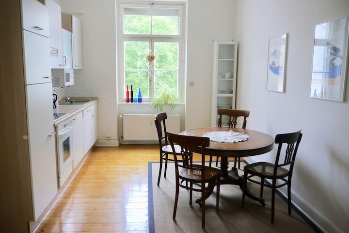 Beautiful 3 room flat in Bonn-Südstadt