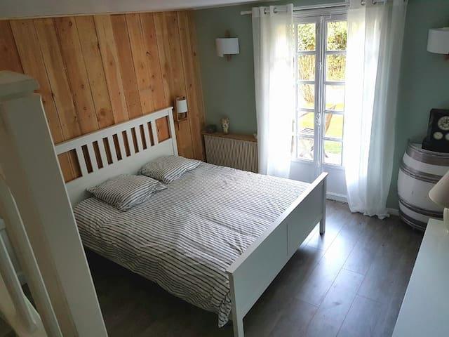 Chambre double salle de bain, sauna, hammam.