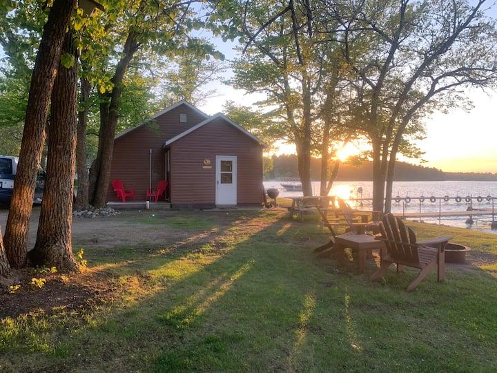 Lakefront Bear #5 beach cabin