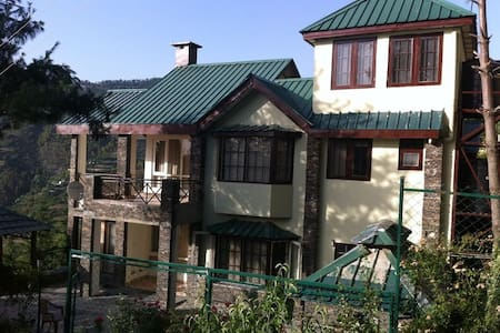 The Forest Cottage Naldehra - Shimla