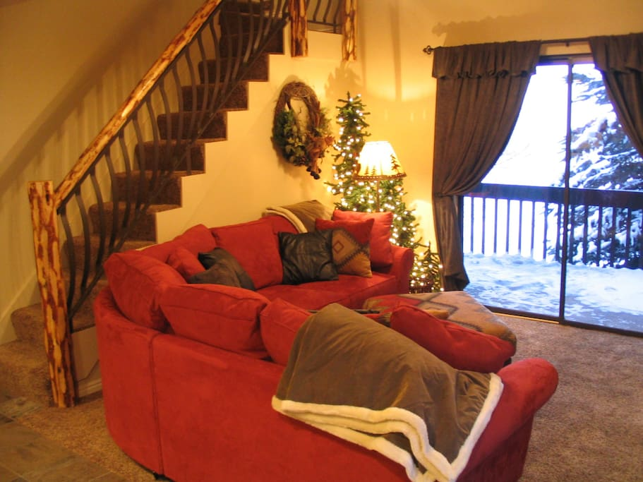 Front room and view overlooking golf course
