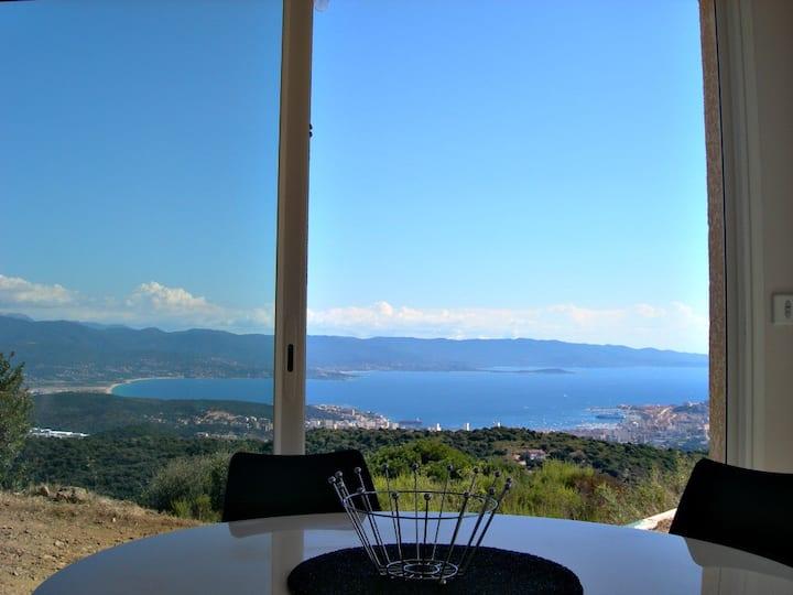 Vue mer panoramique et à  proximité d'Ajaccio