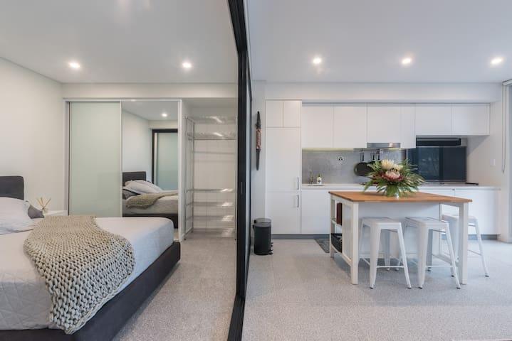 Bedroom and kitchen