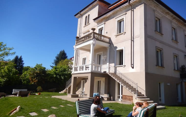 Stunning suite with breakfast on Lago Maggiore