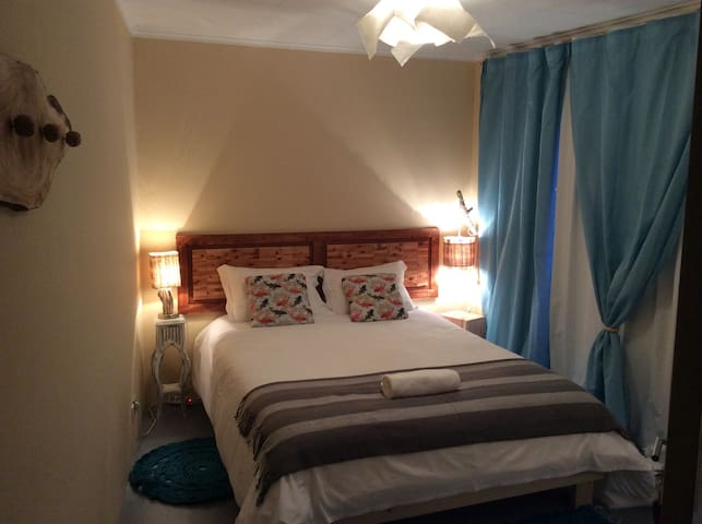 B&B quarto casal / vista para mar 3 - Ponta Delgada - Bed & Breakfast