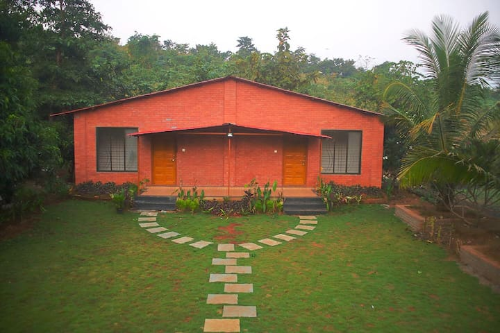 Kisan Eco farm AC Twin Cottage