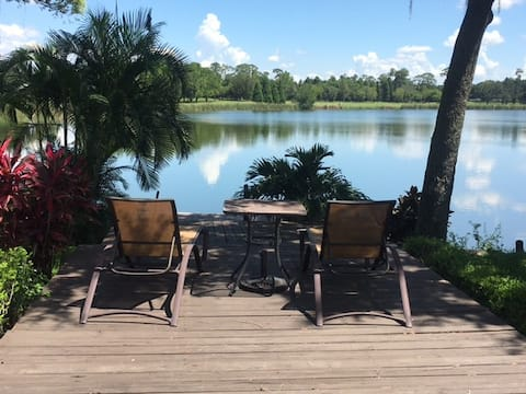Lake house rm 3, private BR, close to FSC, airport