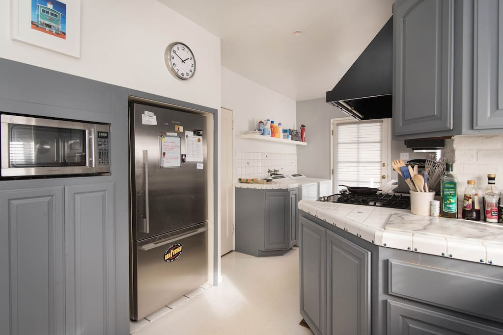 New stainless appliances, cooking and eating accessories included.