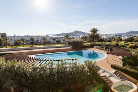 Luxury apartment Marina Botafoch 4BR - Ibiza - Appartement