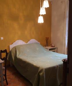 Chambre au milieu des vignes - Gaillan-en-Médoc