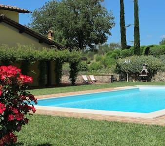 Farmhouse near Chianti - San Giovanni Valdarno - Apartamento