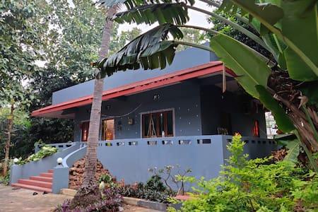 Sam's Village Homestead