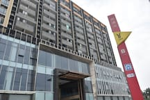 【汉谷喜舍】广州南浦地铁站上盖•美食酒吧街•直达长隆、广州南站•独立阳台全景落地窗东南亚主题双床套房