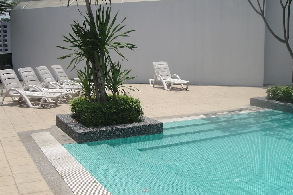 Pool With Lay Down Chair
