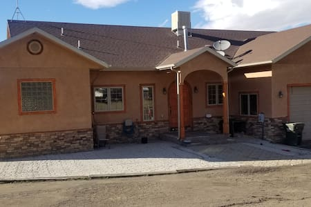 Comfy & spacious 2 level home with Beautiful view.