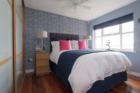 RiverThames. 5mins Stn to London. - Purfleet - Apartamento