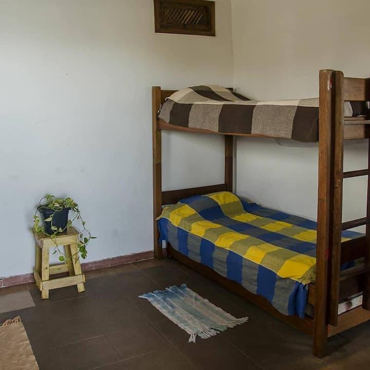 SEREIA cama n° 3 quarto compartilhado