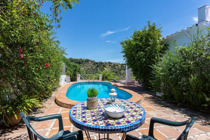 Rural Frigiliana villa w/ private pool, ocean & valley views and covered terrace