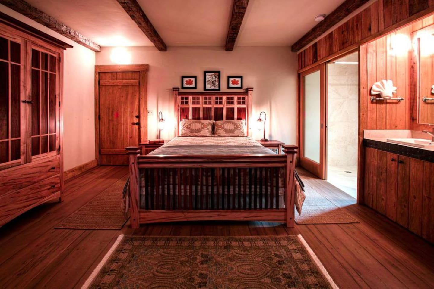 Beautiful Maple room