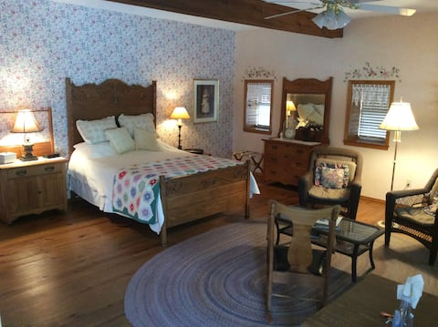 Finley Valley Farm, Extended Stay in Ozark MO