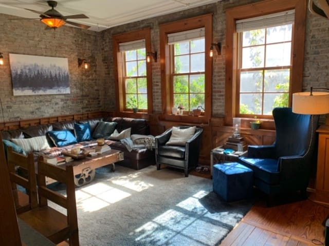 Historic Market Square Loft with Rooftop Deck