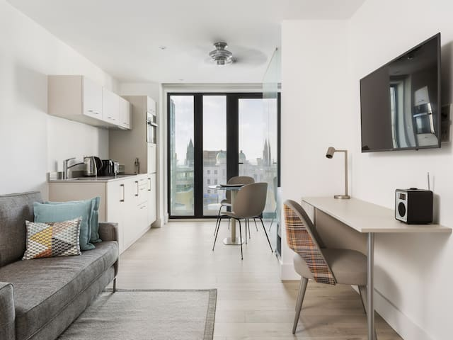 One Bedroom Suite with Balcony at Q Square