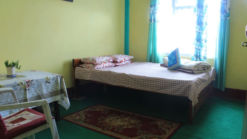 Hamro Ghar Shared Apartment, Mirik- Green Room
