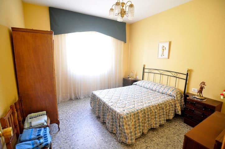 Piso de 4 dormitorios para 8 person - Jarandilla
