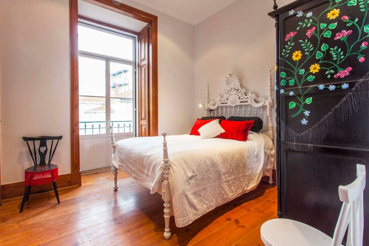 Amália Rodrigues (Portugal's most famous famous Fado singer) double bedroom