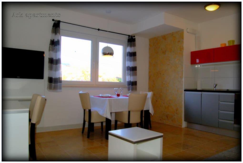 Ark bat 4 street view suite boutique hotels for rent for Boutique hotel intermezzo 4 pag croatie