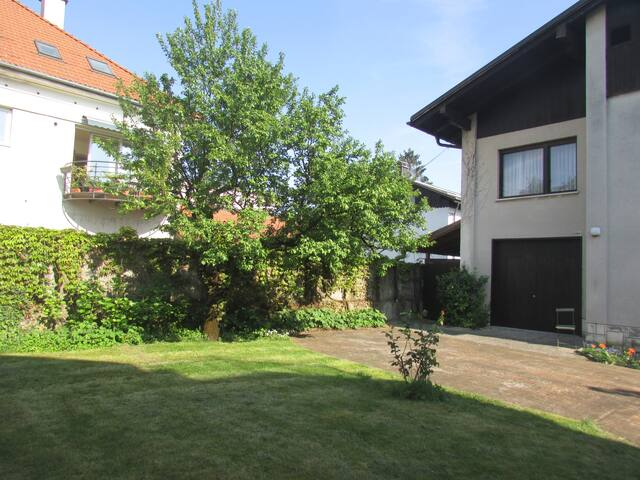 A house near the city center! - Ljubljana - Huis